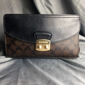 COACH Snake and Leather Small Clutch F55618